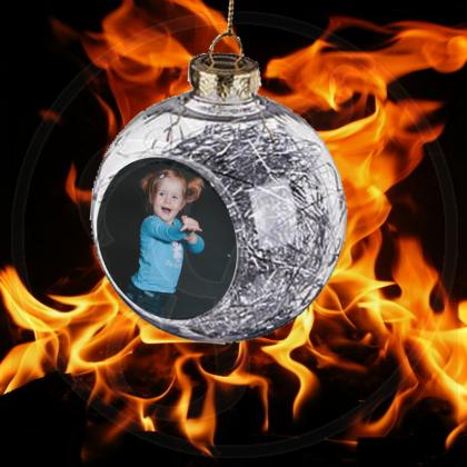 Ihr Farbfoto auf einer Weihnachtskugel XL - 8cm - inkl. Engelshaar-Inhalt