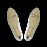 Gravur auf Schuhsohlen von Konfirmationsschuhen - Konfirmation, Name und Datum
