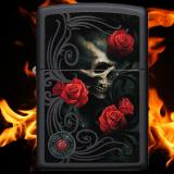 Zippo-Feuerzeug - Roses and Skull von Anne Stokes - Farbe: Schwarz - optional mit individueller Gravur