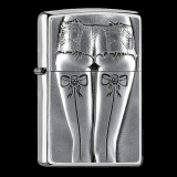 Zippo-Feuerzeug - Emblem Woman with Hotpants - optional mit individueller Zippo-Schachtel-Gravur