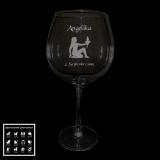 Rotweinglas - Sternzeichen mit Motivauswahl und individueller Gravur / Namen und Datum