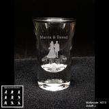 Schnapsglas - Hochzeitspaar - mit Motivauswahl und individueller Gravur / Namen und Datum