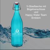 Glas-Flasche 1l – Farbe: türkis-blau inkl. Bügelverschluss und Happy-Water-Team-Emblem (weißer Aufdruck)